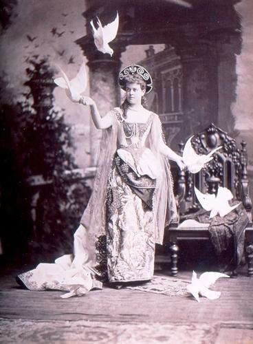 http://dev.newportalri.org/files/original/Mrs. William K. Vanderbilt _Mora Studios_1883.jpg
