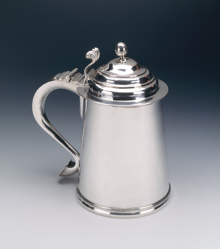 http://dev.newportalri.org/files/original/1999.411 Tankard.jpg