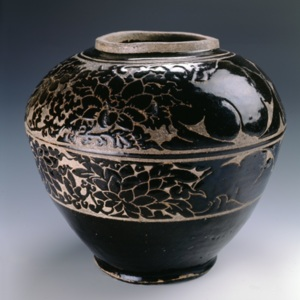 211 1999.729 Song Dynasty Jar.jpg