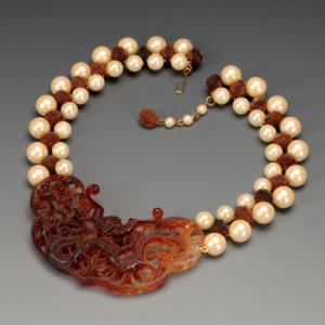 http://dev.newportalri.org/files/original/2006.545 necklace.jpg